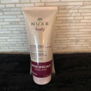 Nuxe melting shower gel.  Set of 2!!!